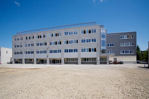 札幌市立羊丘中学校(北海道)設計:創建社
