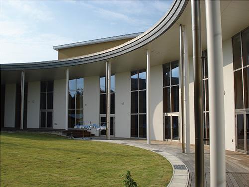 白河市立白河南中学(福島県) 設計:辺見美津男設計室