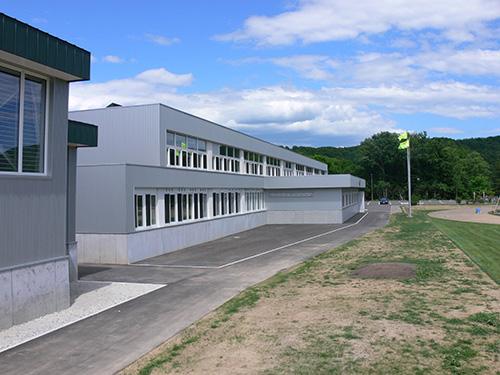 黒松内町立黒松内中学校(北海道) 設計:アトリエブンク